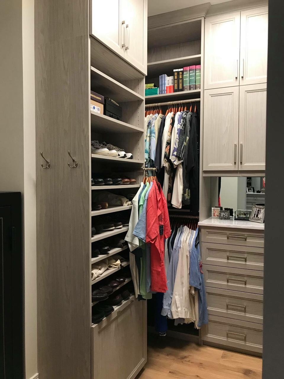 Custom Closet Link to Lightbox Image